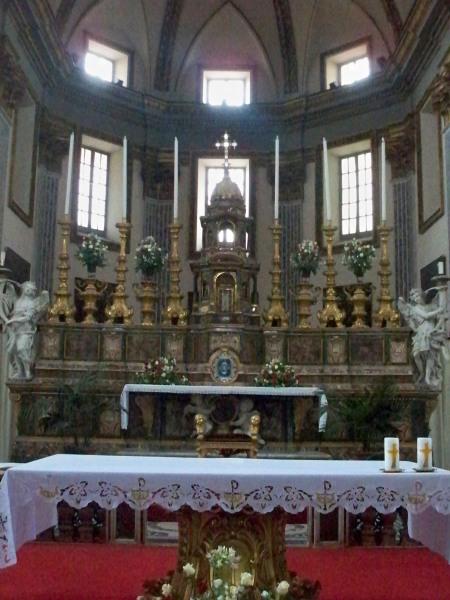Altar at San Paolo Maggiore
