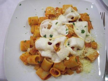 Half sleeve pasta